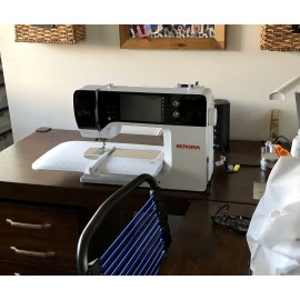 BERNINA 790 PLUS Sewing and Embroidery